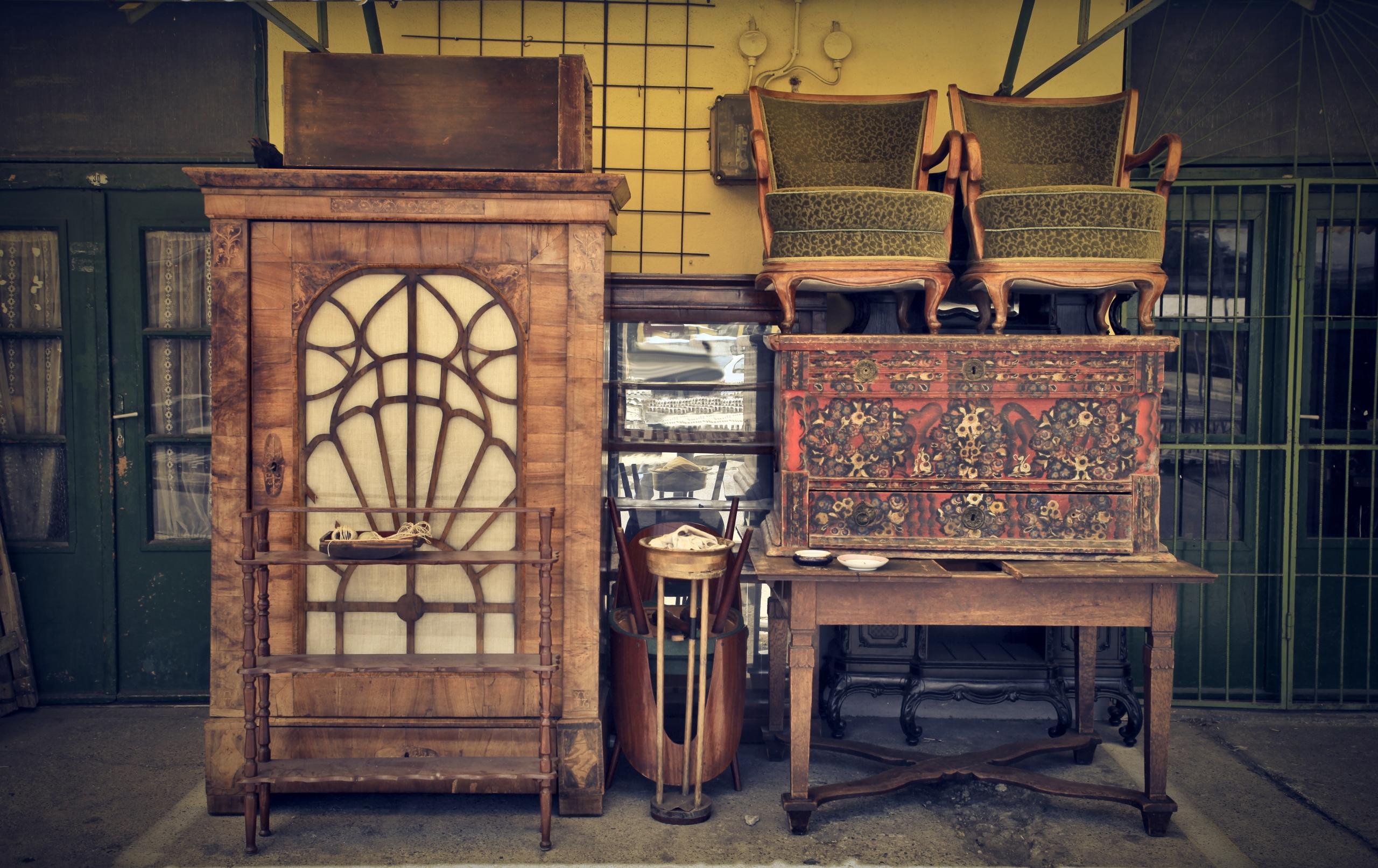 old furniture span